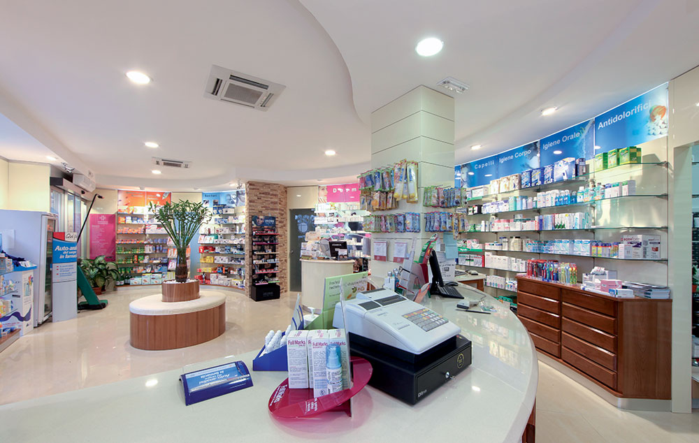 Arredo Farmacia Carbone | Visual merchandising | rdifarm