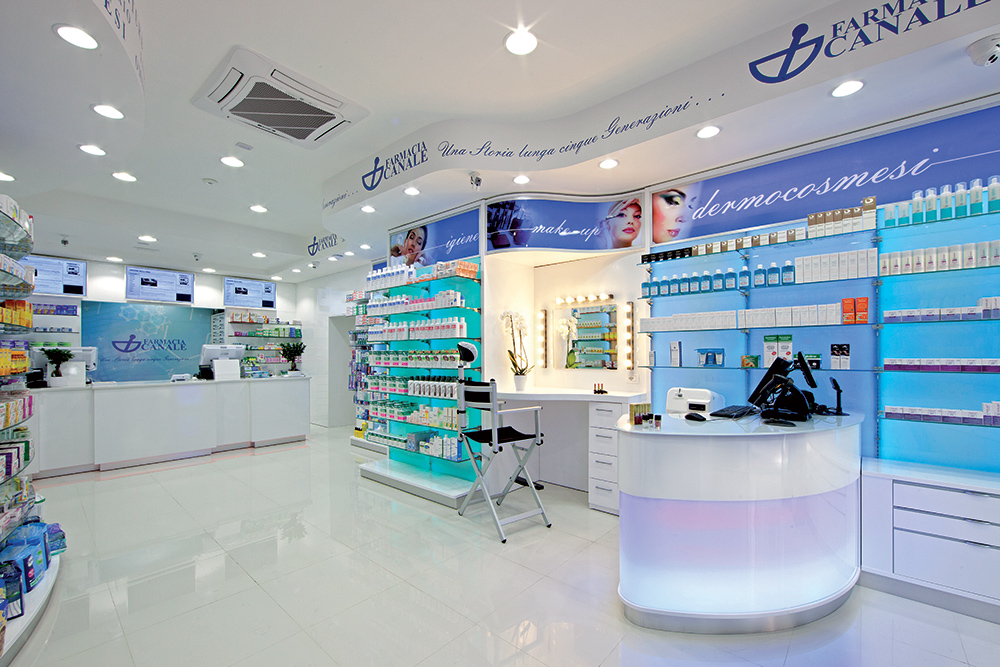 Arredo Farmacia Maria della Neve | Area make-up | rdifarm